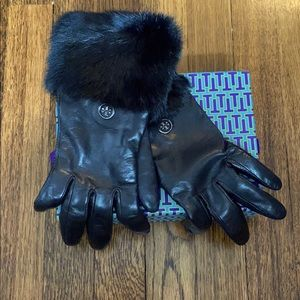 TORY BURCH - Leather and Fur Cuff Gloves